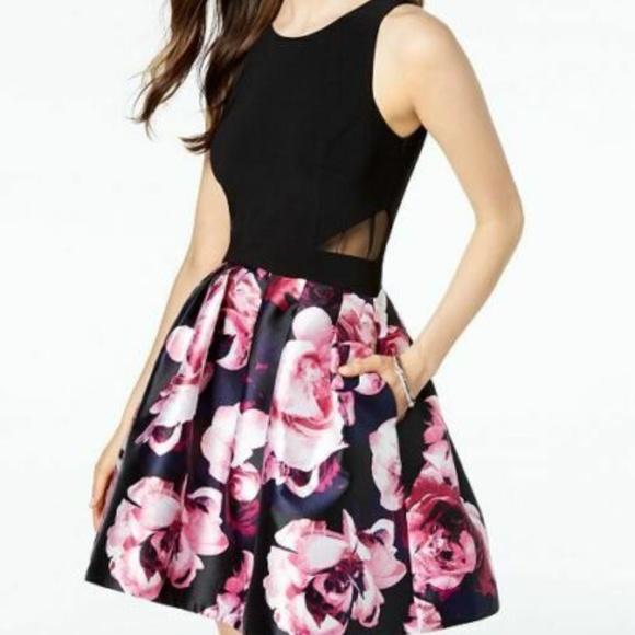 Xscape Dresses & Skirts - XSCAPE Womens Black Floral Print Fit + Flare Dress